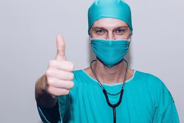 Puedo someterme a varias cirugias plasticas en una sola intervencion