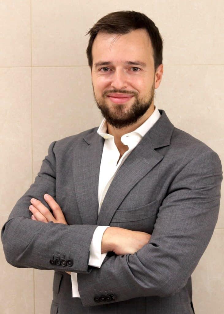 Dr Miguel 731x1024